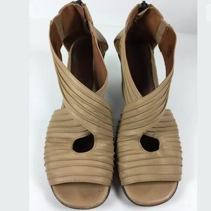 Gentle Souls Nude Leather Sandals Heels Osaka Rama